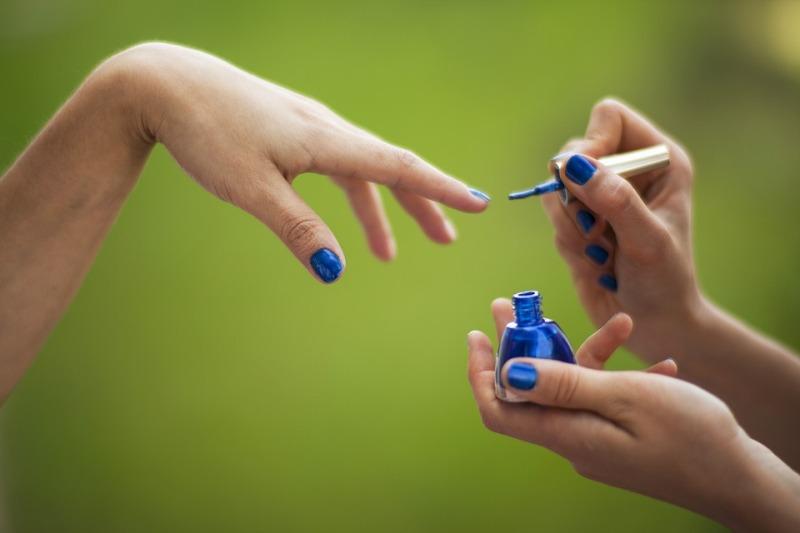 Produse moderne folosite astăzi pentru îngrijirea unghiilor!